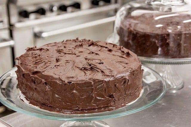 chocolate frosting on chocolate cake
