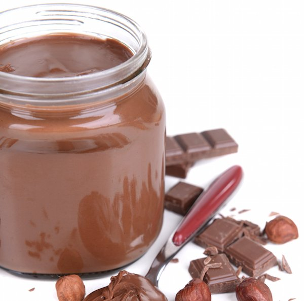 How to Make Nutella: Homemade Hazelnut Spread Recipe - Thrifty Jinxy