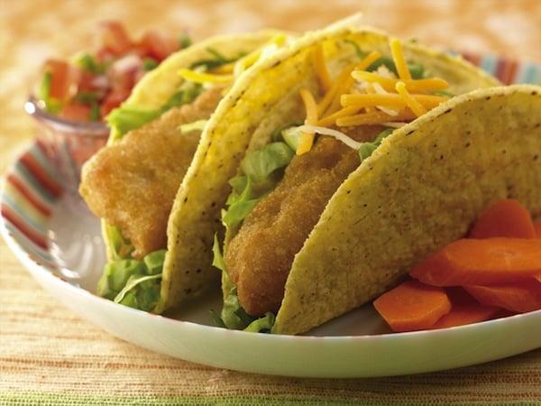 Simple Fish Tacos in Crispy Shells