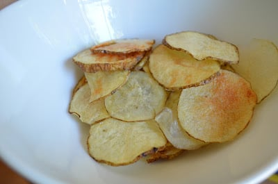 Recipe: Make Your Own Homemade Healthy Potato Chips in the Microwave