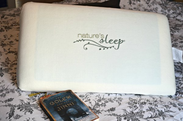 5 Tips for Falling Asleep Faster + Nature's Sleep Vitex Gel Memory Foam Pillow Reader Giveaway