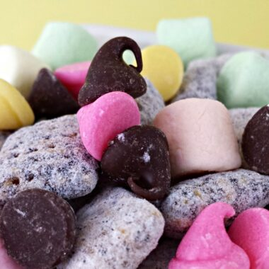 Spring Muddy Buddies for Easter