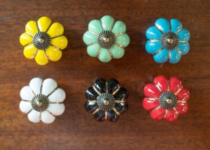Beautiful Ceramic Knobs only $1.99 Each from Jane.com!