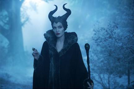 Maleficent On The Battlefield Featurette