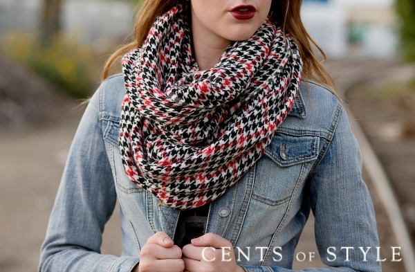 Houndstooth Infinity Scarf Only $11.95 with FREE SHIPPING – TODAY ONLY!
