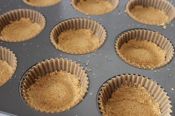Mini Eggnog Cheesecakes Cups