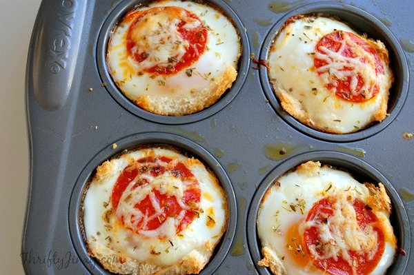 Pepperoni Breakfast Cups with Hormel Pepperoni