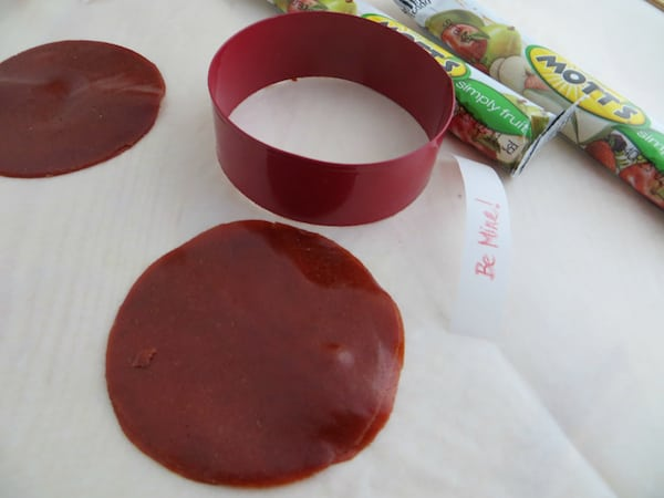 Valentine Fruit Roll-Up Fortune Cookies Recipe Process 3