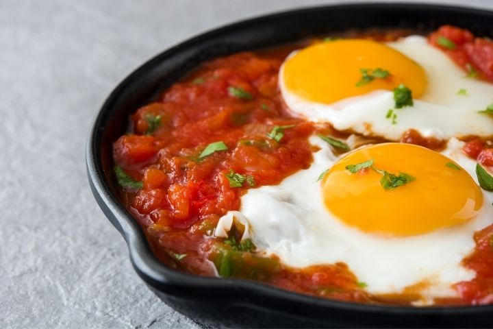 Italian Skillet Eggs with Tomato Sauce