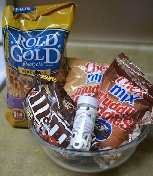 Minions Snack Mix Recipe Ingredients