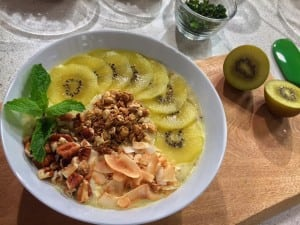Sunrise Smoothie Bowl Recipe + Healthy Back-to-School Tips from Rebecca Scritchfield