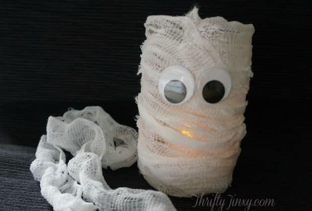 DIY Mummy Jar Candle