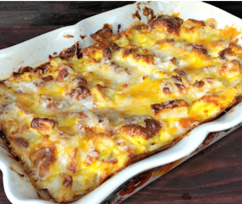 Cheese-Bacon-and-Potato-Breakfast-Casserole
