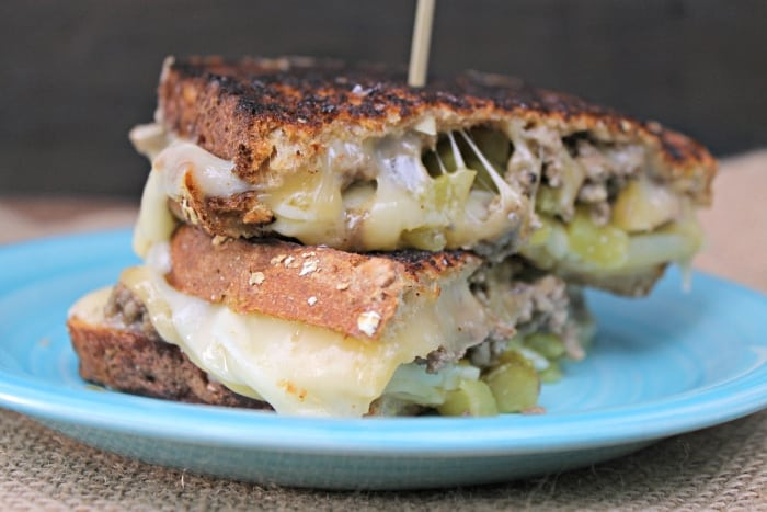 Spicy Cheeseburger Grilled Cheese Sandwich side