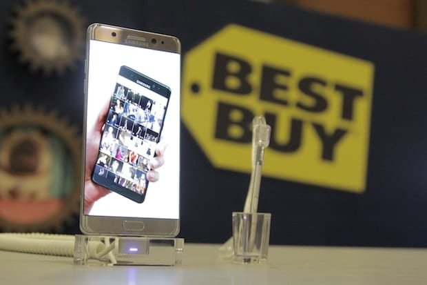 BlogHer Best Buy Mobile Image