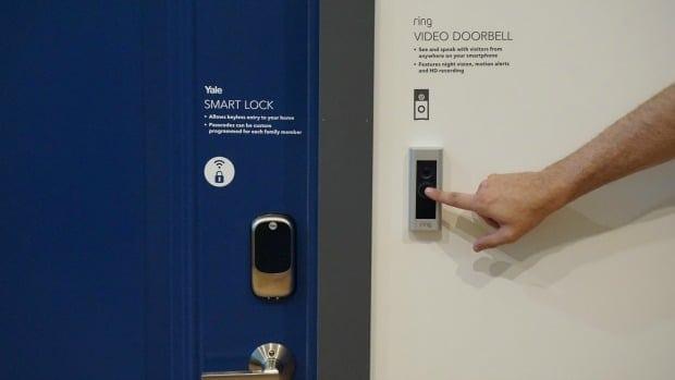 Samsung SmartThings Front Door Detectors