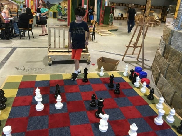 childrens-museum-of-southern-minnesota-giant-chess