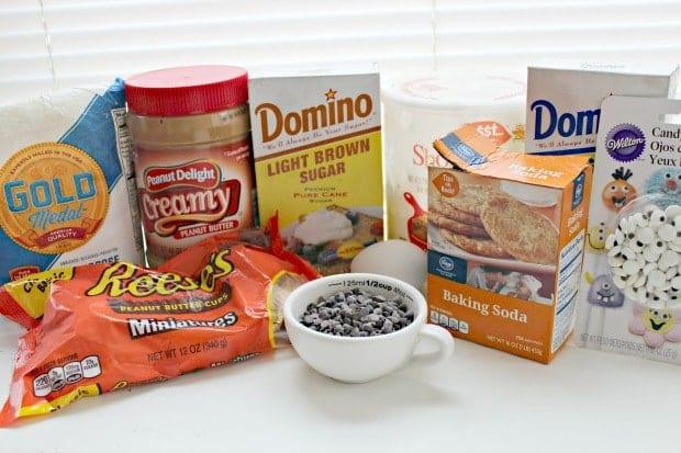 silly-halloween-spider-cookies-ingredients