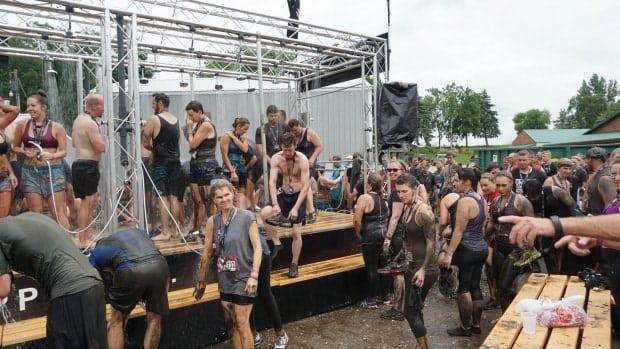 delta-warrior-dash-shower-station