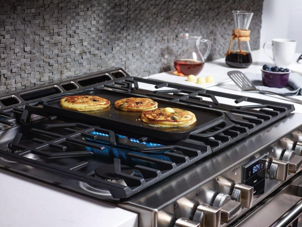 fpgh3077rf_griddle_pancakes
