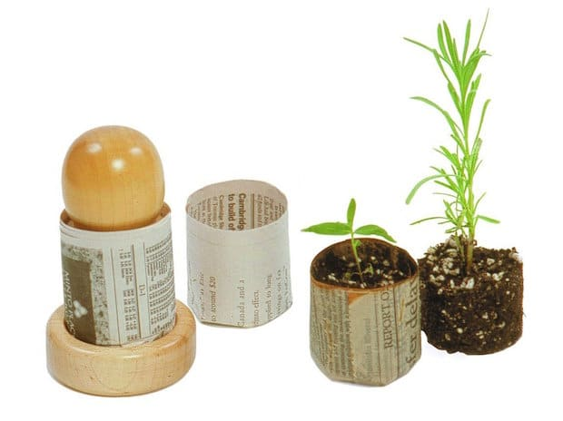 Do-It-Yourself Plant PotMaker from Newspaper