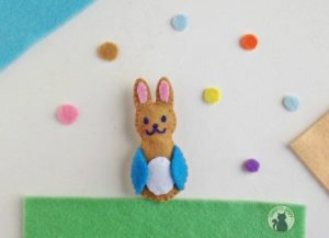 Peter Rabbit Craft with Felt – It's So Cute!