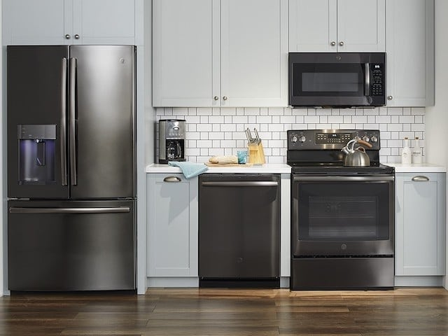 Complement Your Kitchen\'s Style with GE Premium Finish Appliances at ...