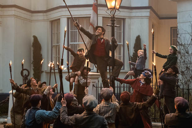 Lin-Manuel Miranda Mary Poppins Returns Trip a Little Light Fantastic Dance Number