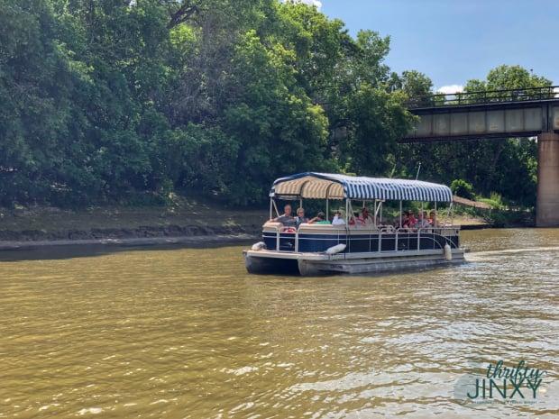 Splash Dash Boat Tour Winnipeg
