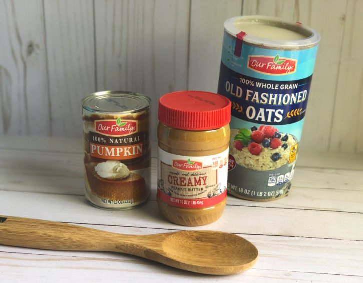 pumpkin and peanut butter and oatmeal ingredients