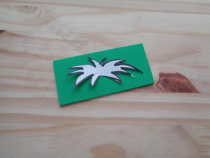 leaf template on green craft foam