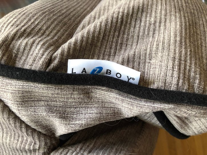 LaZ Boy Dog Bed Label