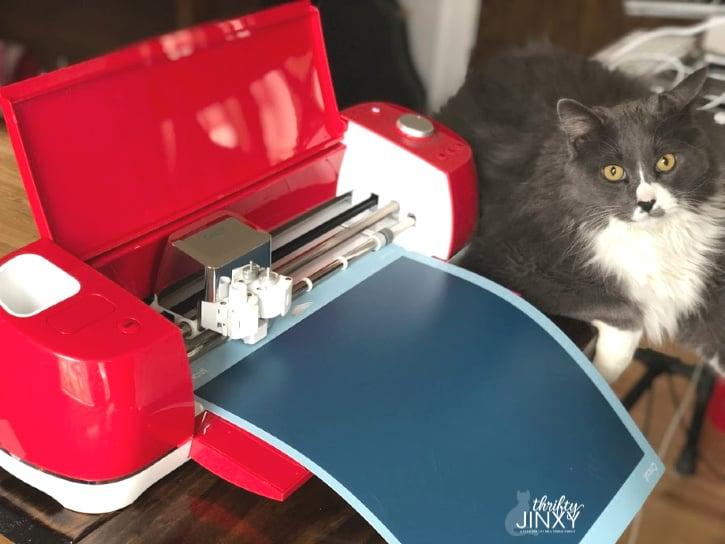 Cutting Cricut Teal Vinyl