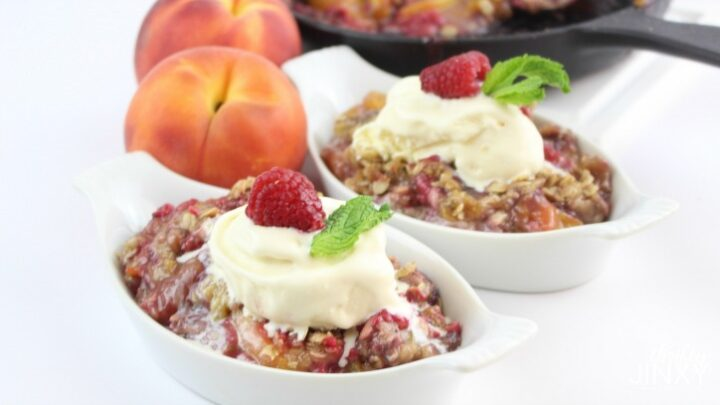 Skillet Peach Rasoberry Crisp Recipe