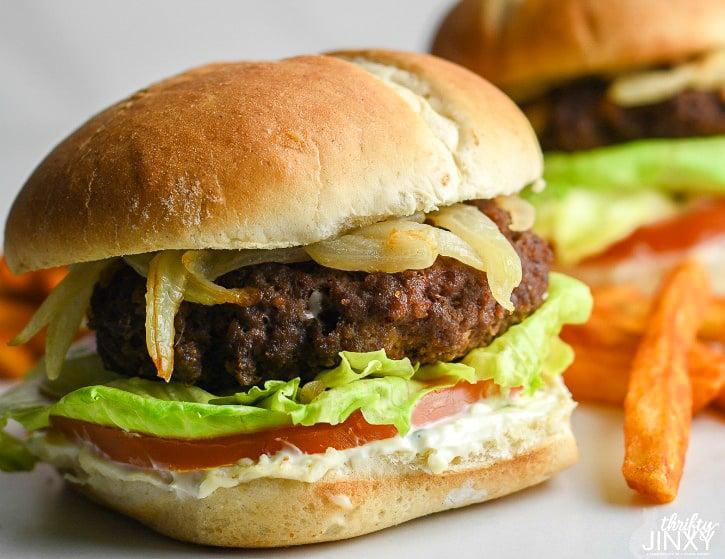 Jalapeño Popper Burger