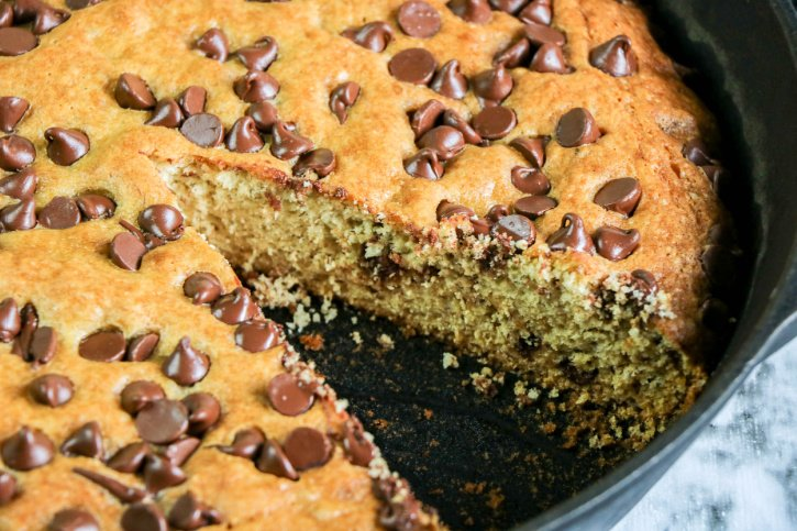 Skillet Banana Bread with Chocolate Chips process